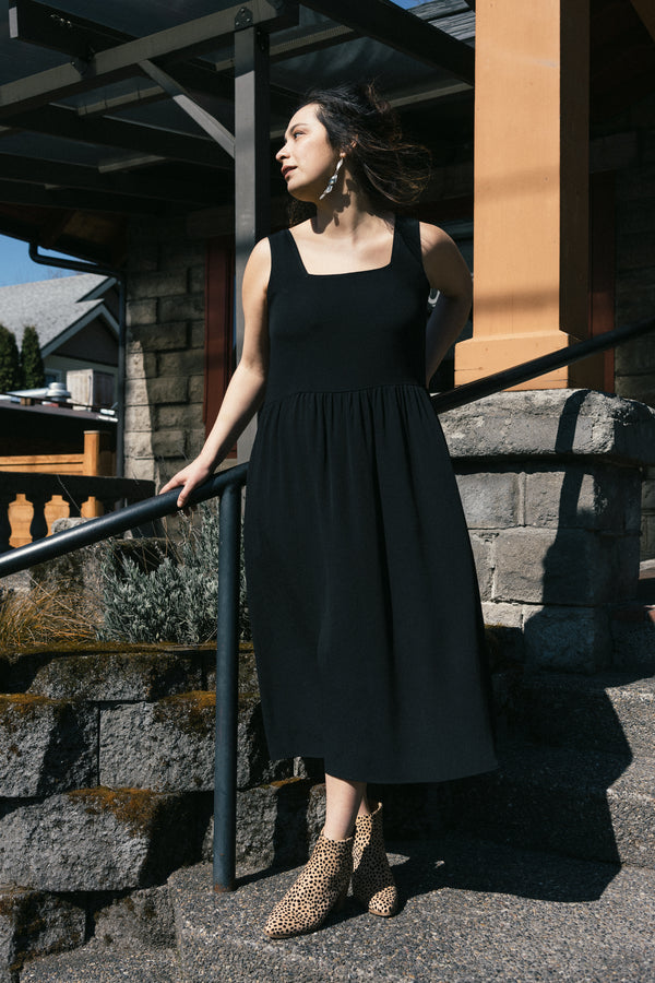 Reversible Gwendolyn Dress in Black Crinkle (PRESALE!)