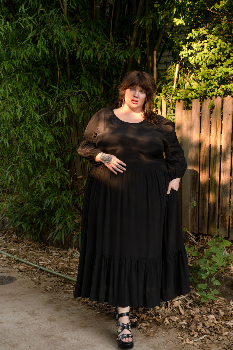 Aurora Dress in Black +