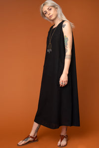 Black Pocket Shift Dress