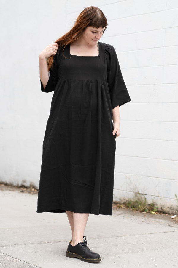 Ulla Dress in Black