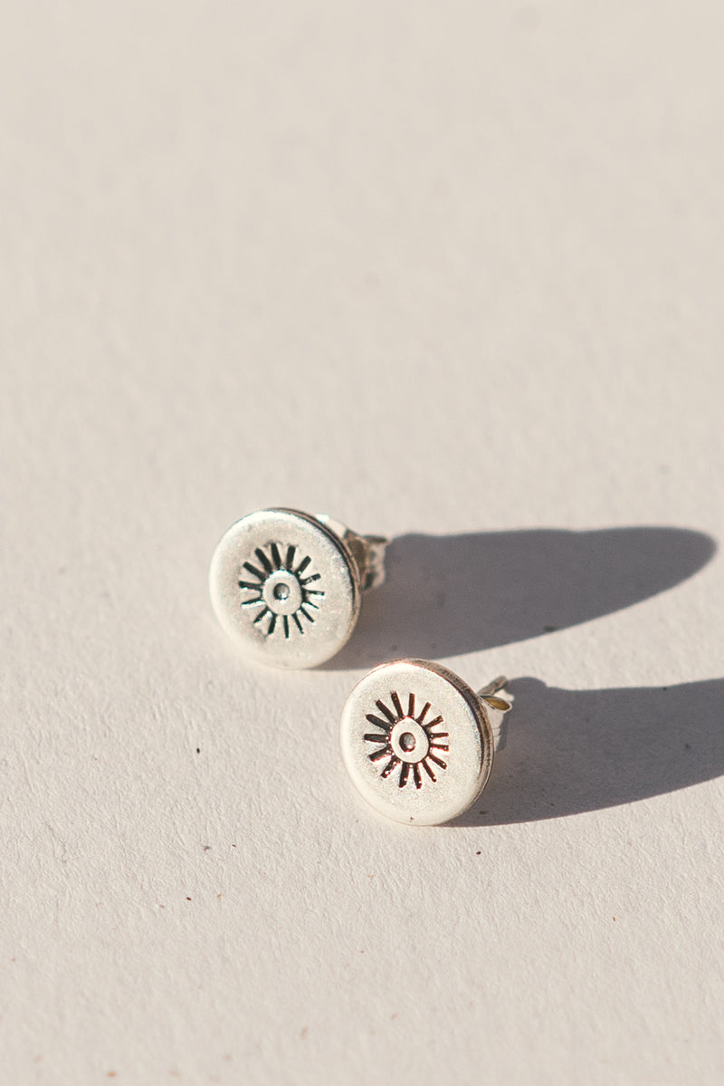 Abstract Eye Stud Earrings