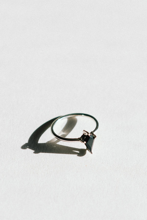 8x5 Kite Black Spinel Ring