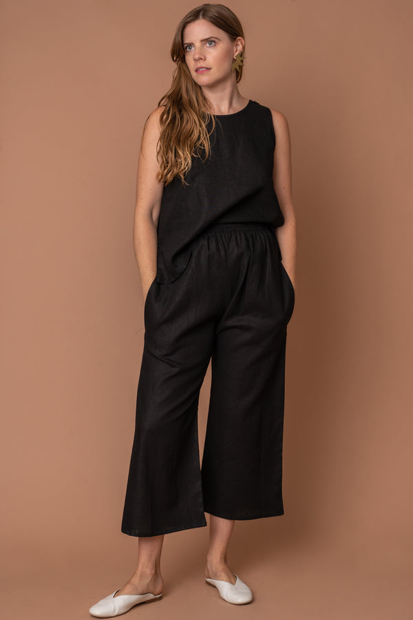 Black Linen Basic Tank Top