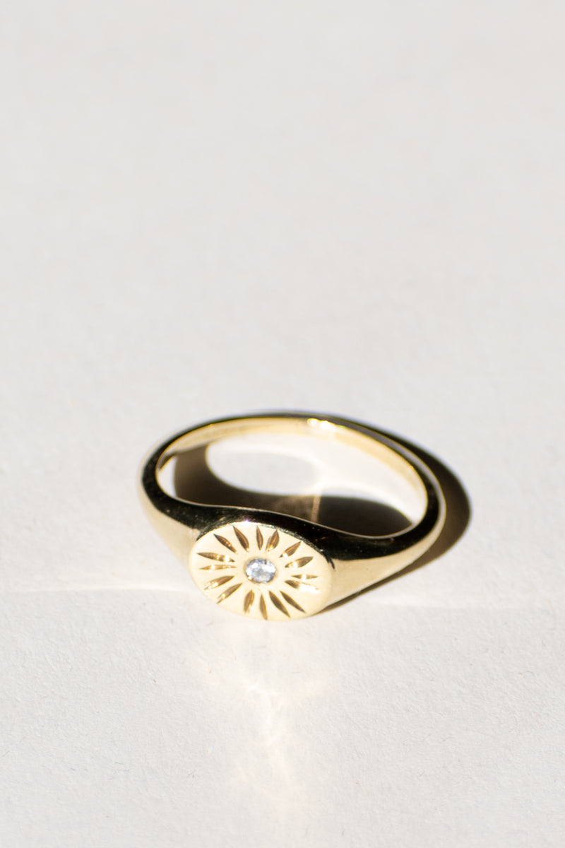 Sun Beam Signet Ring