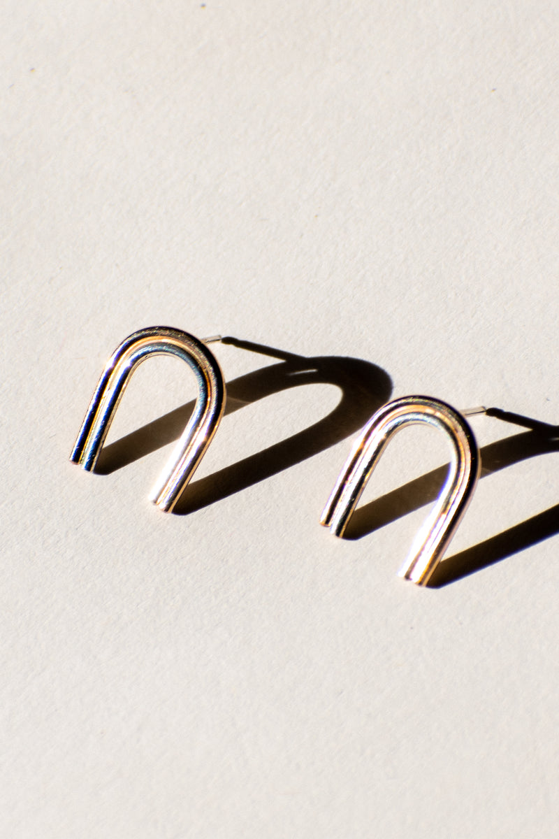 Tiny Arcos Stud Earrings