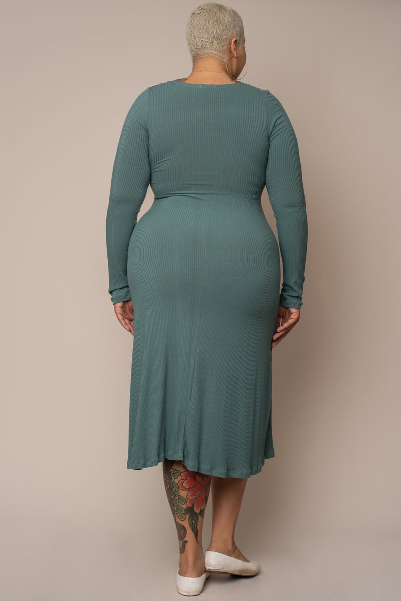 Lagoon-Long-Sleeve-Knotted-Rib Knit-Dress