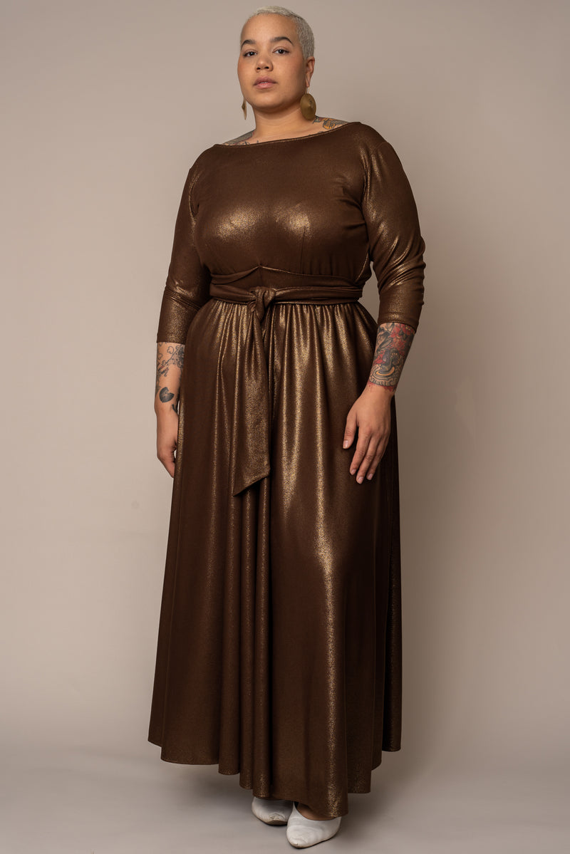 Metallic Boat Neck Mid-Sleeve Maxi Dress