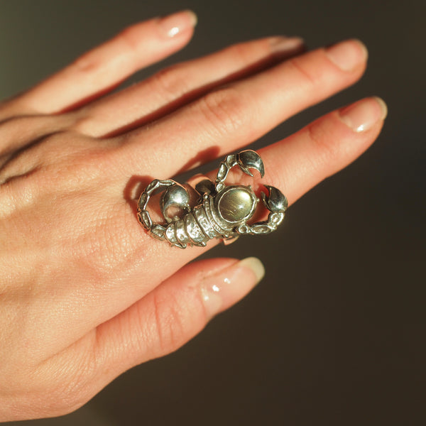 Scorpious Ring with Labradorite
