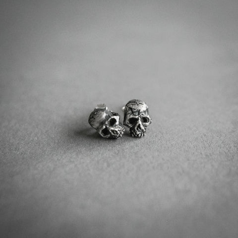 Theeth Stud Earrings - Skulls
