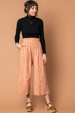 Almond Waves Bamboo Cropped Pleated Pant