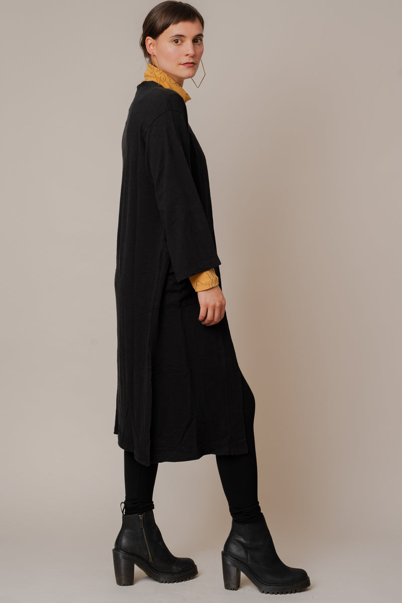 Black-Long-Sweater-Robe