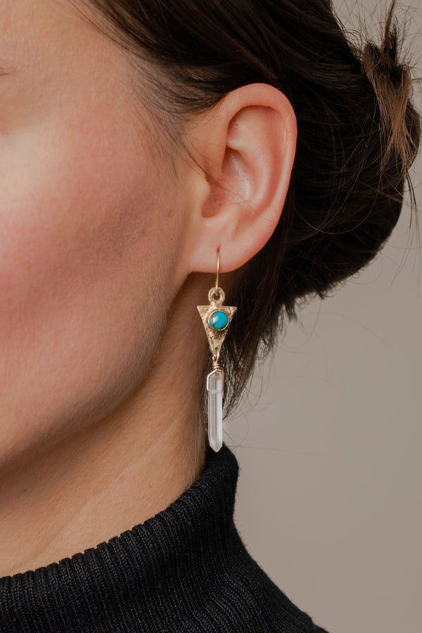 dart-crystal-drop-earring