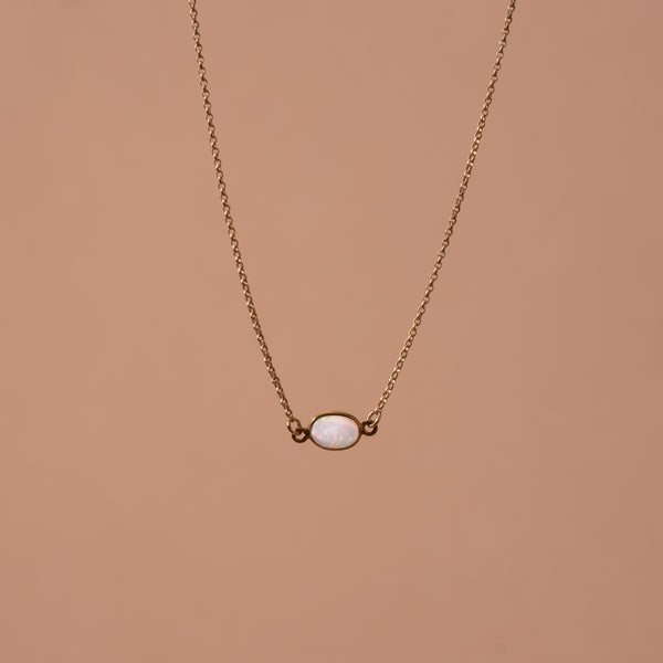 gold-flashy-opal-necklace