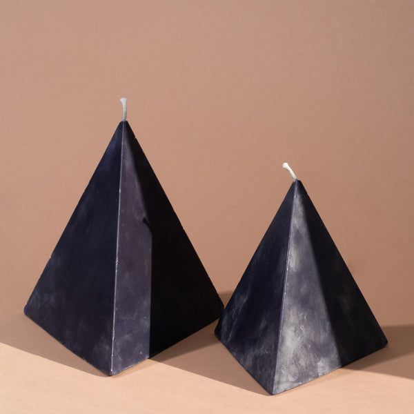 solid-pyramid-candle