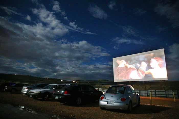 5 Hidden Drive-In Theaters In Colorado You Probably Didn't Know Exist