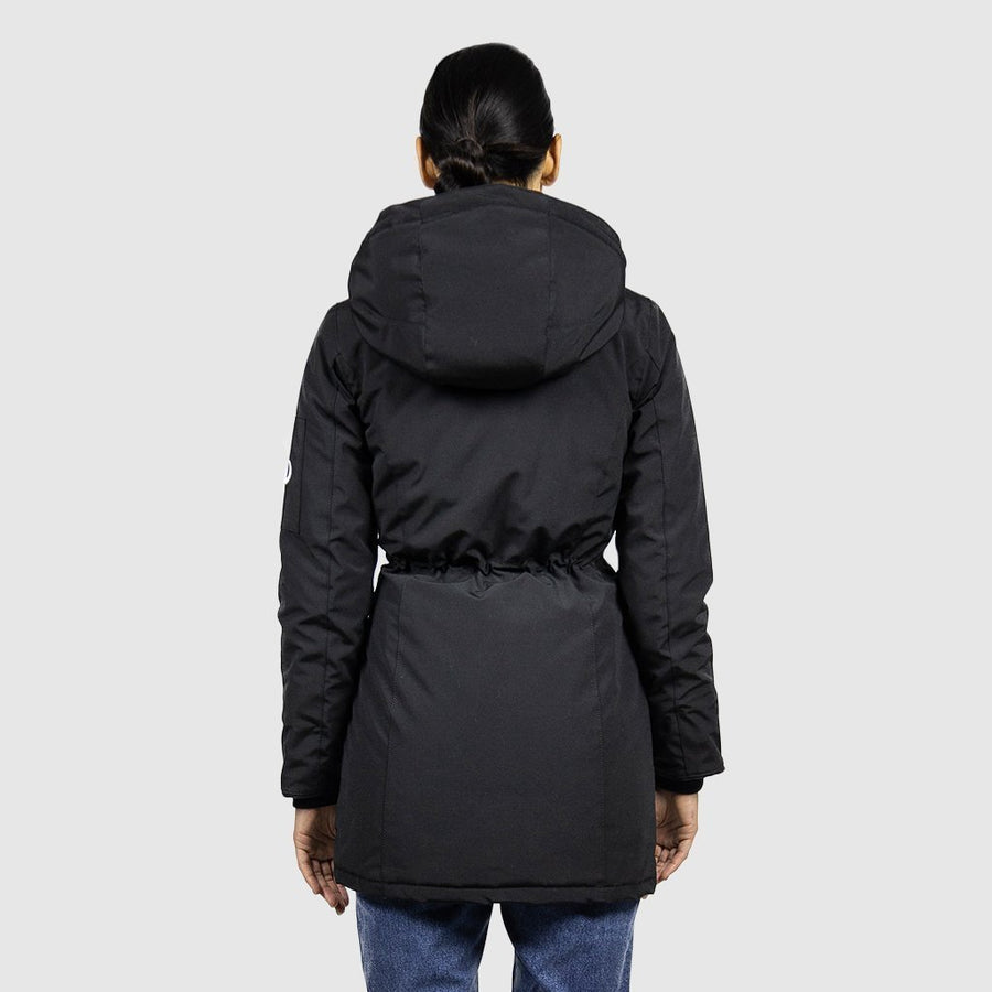 Black-3-Doe_Parka_WEB.jpg