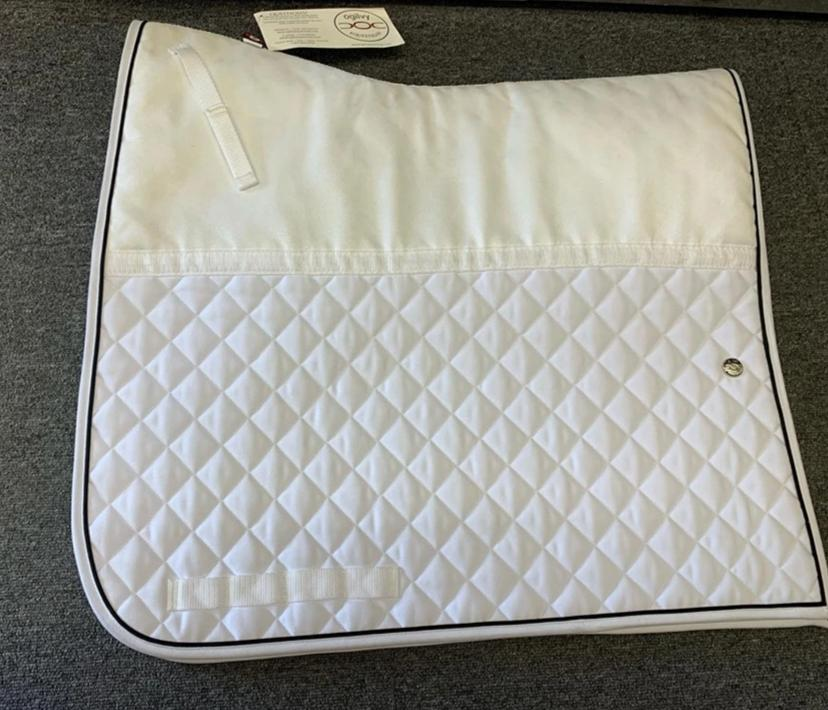 Ogilvy Equestrian Friction Free Pad - Dressage
