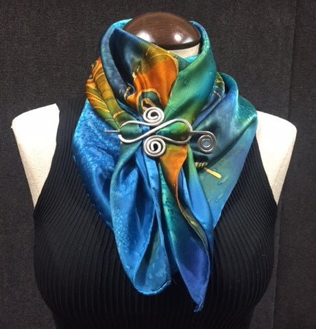 #1 Peacock Cowl Small w/ Scarf Pin - Download Video