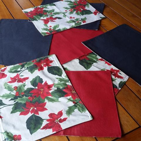 Xmas Reversible Placemats - Gypsy Tableware Designs