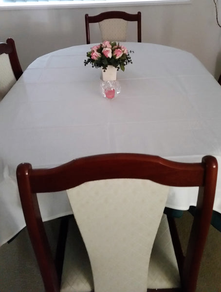 White  Rectangle Tablecloth  (6-8) Stocktake Sale!