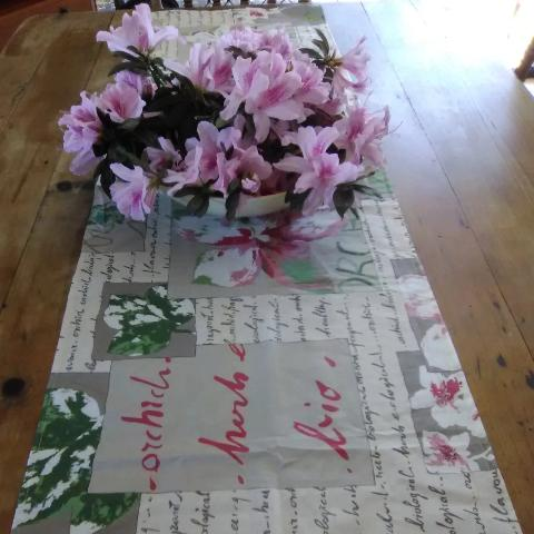 Orchid Applause Table Runner