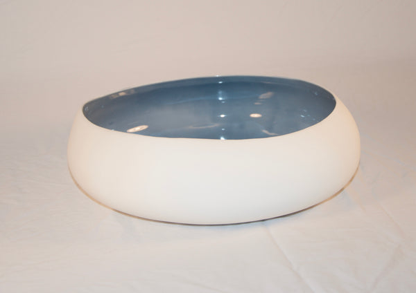 Low and Round Earthenware Bowl, White or Blue Interior