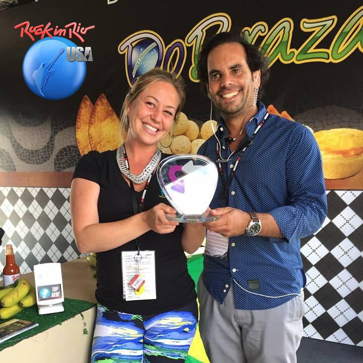 ROCK IN RIO SUSTAINABILITY CONTEST  – USA 2015  Category Suppliers – IMG PRODUCTIONS  For sustainability, environmental and social responsibility policy. For efforts to minimize the impact of its activity  Category Store – DO BRAZA For great commitment on Sustainability, for the effort undertaken and minimization of impacts.