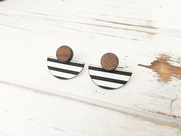 3 Styles in 1 Earrings - White and Black Stripes