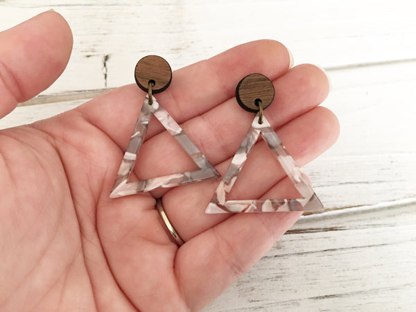 Acetate and Walnut Dangle Earrings - Gray/Pink Marble