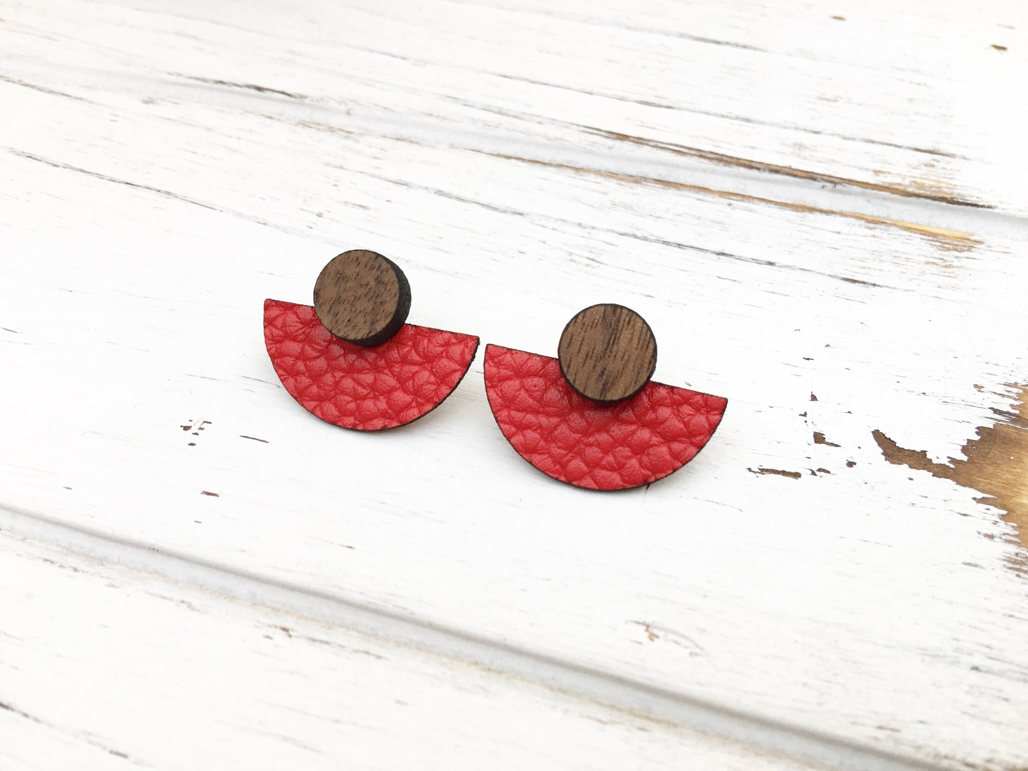 3 Styles in 1 Earrings - Red