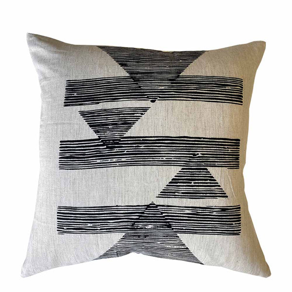 striped horizon cushion natural/black