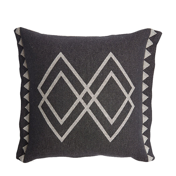 dawn ranger cushion oats + black square