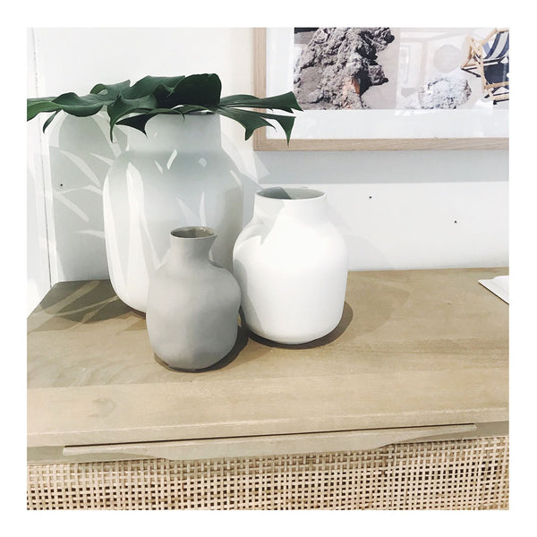 tub vase white small
