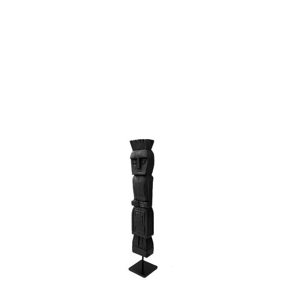 uomo sculpture small black