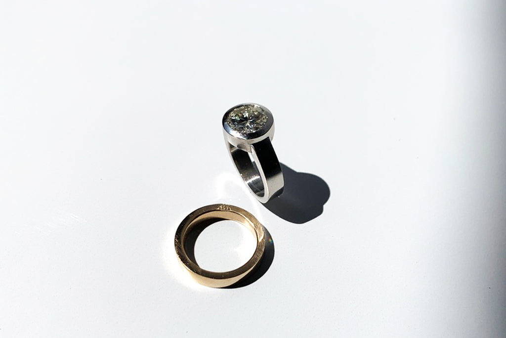 Poet and the Bench offers both custom jewelry design with co-founder Jeffrey Levin, and unique designer collections of fine jewelry and alternative or non-traditional rings.