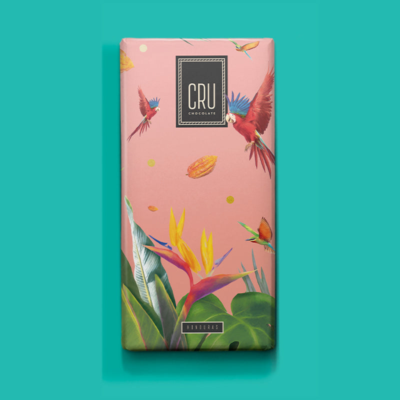 Bright citrus crescendos that gracefully land into a forest of nuanced coffee and espresso notes. A true Honduran journey of the senses.