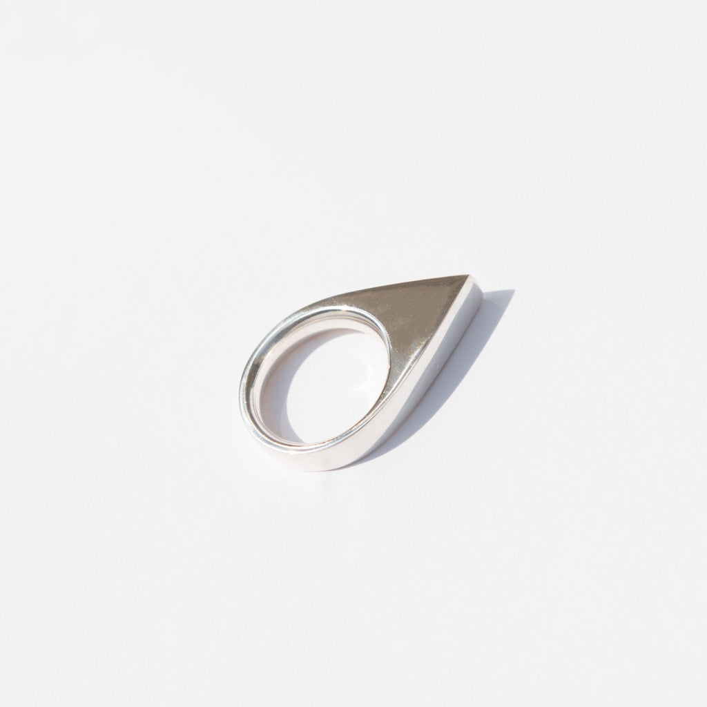 Named after Junko Tabei, the first woman to reach the summit of Mount Everest, this peak ring by Ende is stunningly powerful and strong in shape.