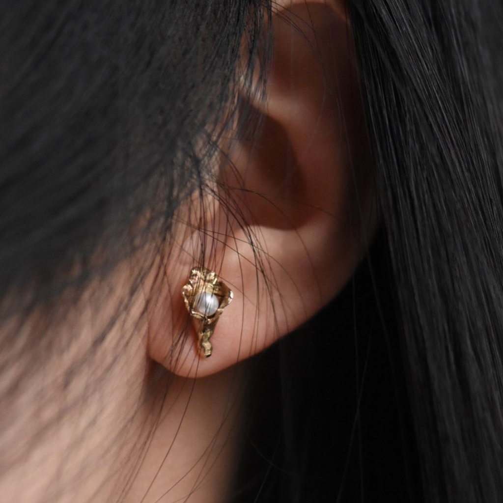 Franny E / Earrings / Lily Floret Pearl Studs