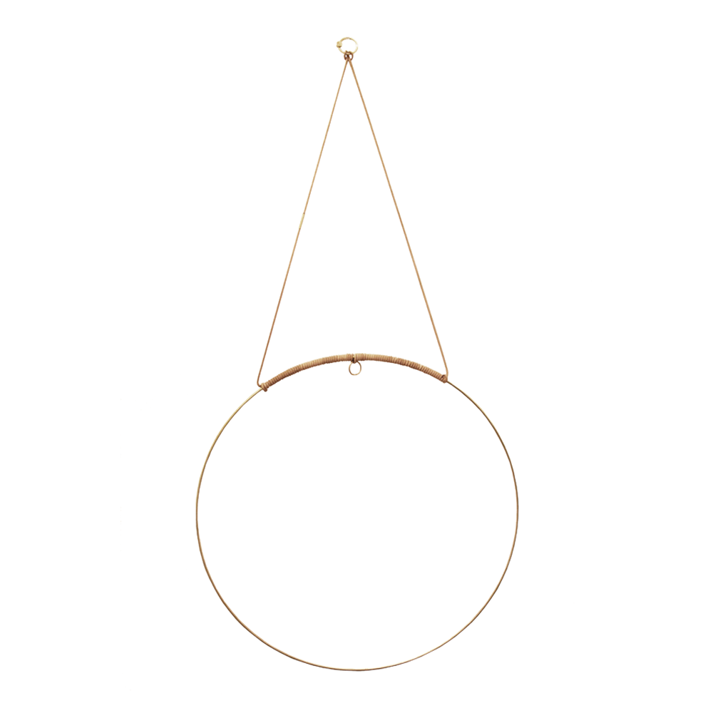 Halo is a beautiful circular mobile made for you to create pretty, earthy radiance. Add a flower cutting from your garden, a sprig of herbs, air plant, a paper flower, or whatever inspires you in the moment.
