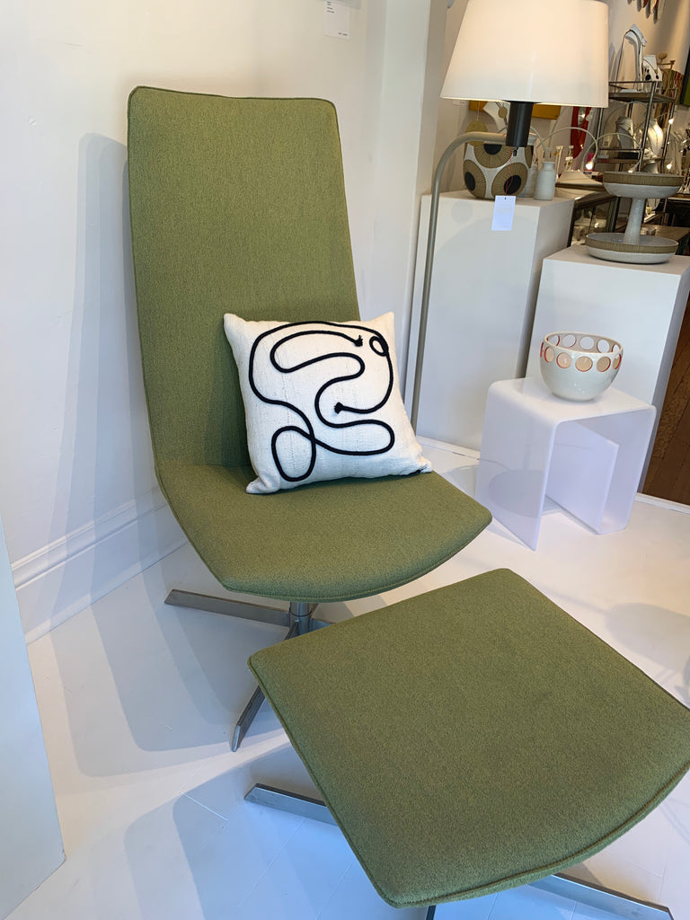 Gorgeous elegantly simple yet curvaceous Danish modern chaise lounge chair with ottoman sourced from Paris and recently recovered. Shown with Kuddkrig pillow and Julems pottery.