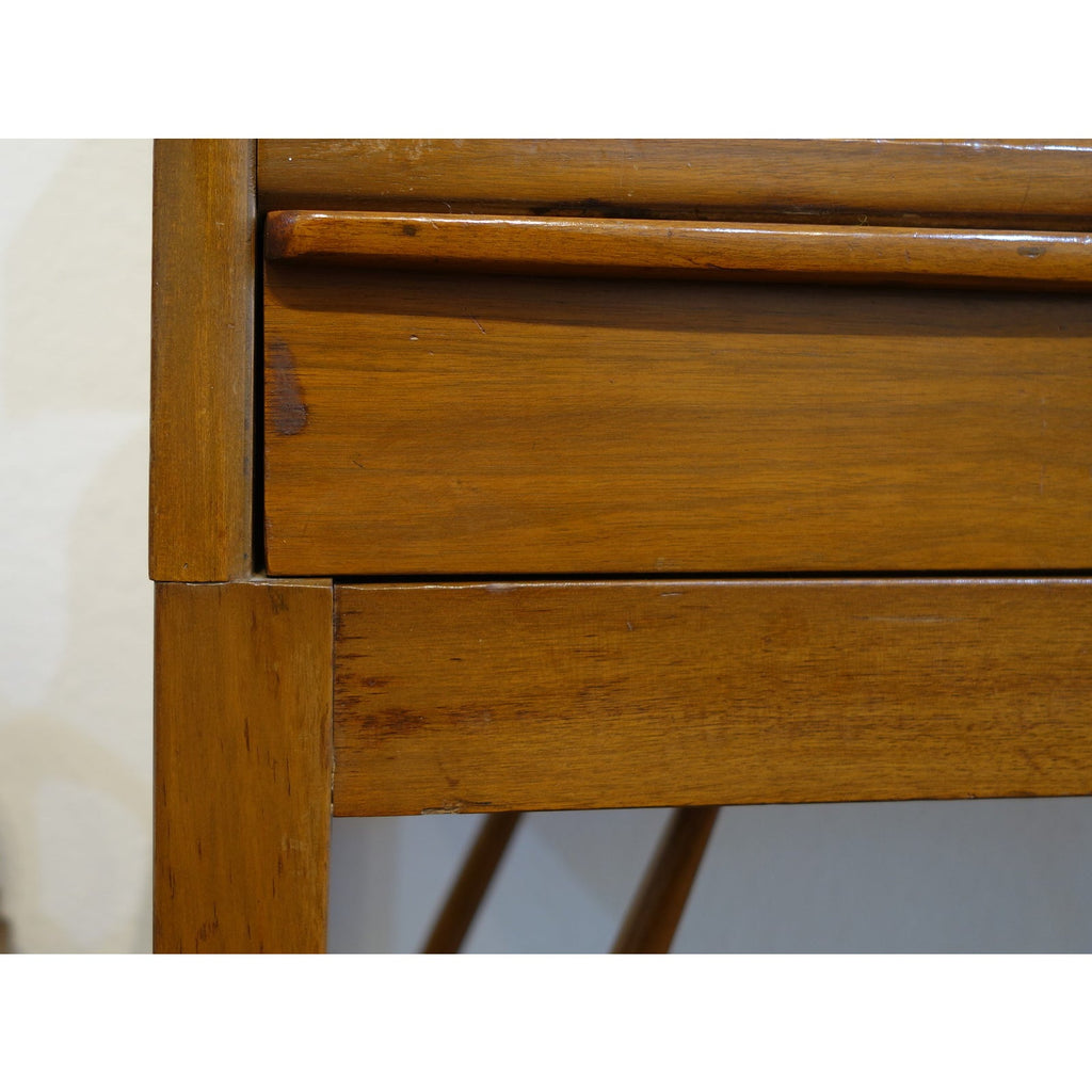 A delightful teak mid-century Danish modern secretaire (secretary) design attributed to Arne Wahl Iversen. Large drawer; some wear and tear.