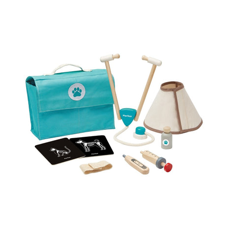 Vet Set by Plan Toys