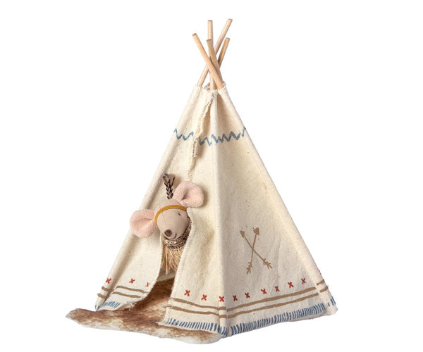 Little Feather Sitster Mouse With Tent by Maileg