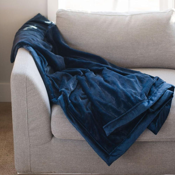 Lush Extra Large Blanket in Navy by Saranoni