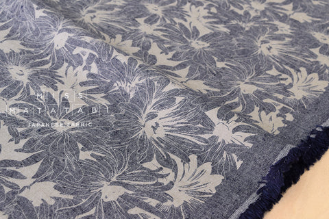Yarn dyed chambray canvas - navy blue, flowers