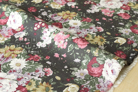 Yuwa Antique Flowers canvas - fat quarter