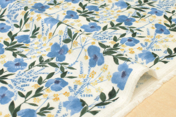 Watercolour Floral double gauze - light blue