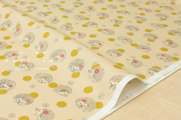 Kokka Kawaii Hedgehogs - yellow, metallic gold