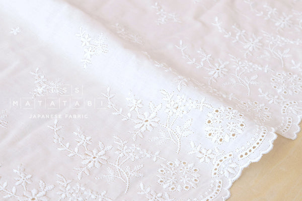Border eyelet cotton - white
