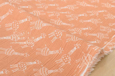 Giraffe - cotton crepe - peach
